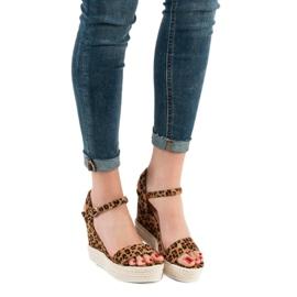 Ideal Shoes Stylowe Sandałki Na Koturnie brązowe 2