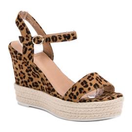 Ideal Shoes Stylowe Sandałki Na Koturnie brązowe 3