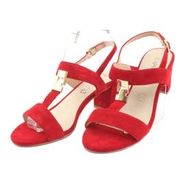 Sandały na słupku czerwone Caprice 28303 3