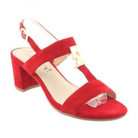 Sandały na słupku czerwone Caprice 28303 1