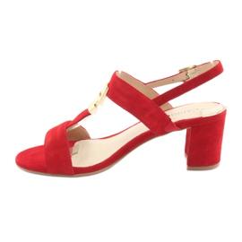 Sandały na słupku czerwone Caprice 28303 2