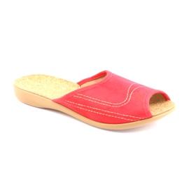Befado obuwie damskie kapcie klapki 254d008 czerwone 1
