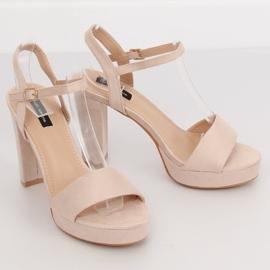 Sandałki na platformie beżowo-różowe HJ101 Pink 1