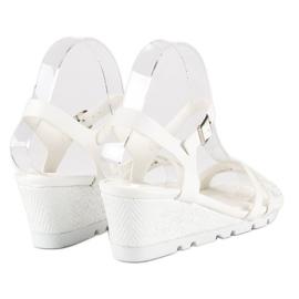 Ideal Shoes Białe Sandały Na Koturnie 4
