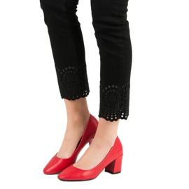 Ideal Shoes Klasyczne Czerwone Czółenka 1