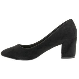 Ideal Shoes Czarne Czółenka Na Słupku 3
