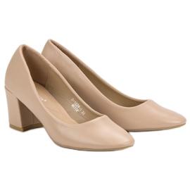 Ideal Shoes Klasyczne Beżowe Czółenka beżowy 2