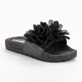 Seastar Czarne Klapki Z Kwiatami 3