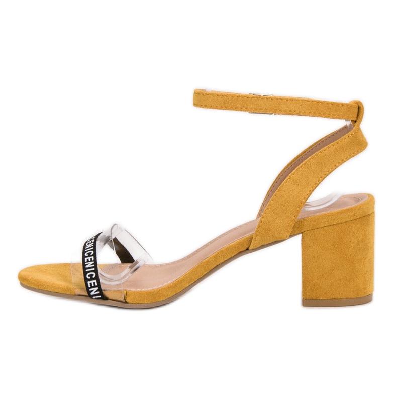 Ideal Shoes żółte Stylowe Zamszowe Sandałki zdjęcie 5