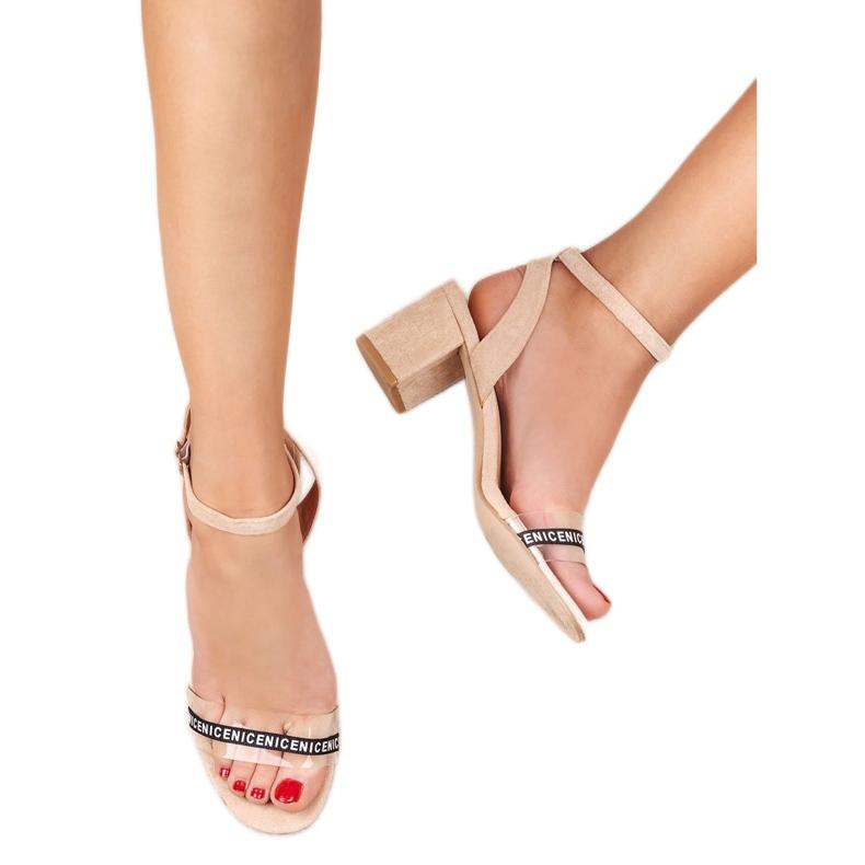 Ideal Shoes brązowe Stylowe Zamszowe Sandałki zdjęcie 3