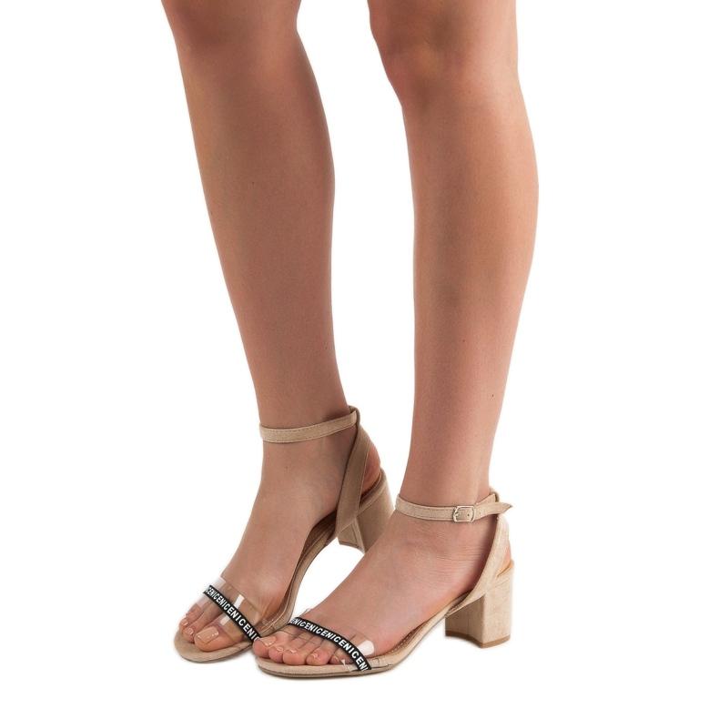 Ideal Shoes brązowe Stylowe Zamszowe Sandałki zdjęcie 1