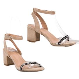 Ideal Shoes Stylowe Zamszowe Sandałki brązowe 7