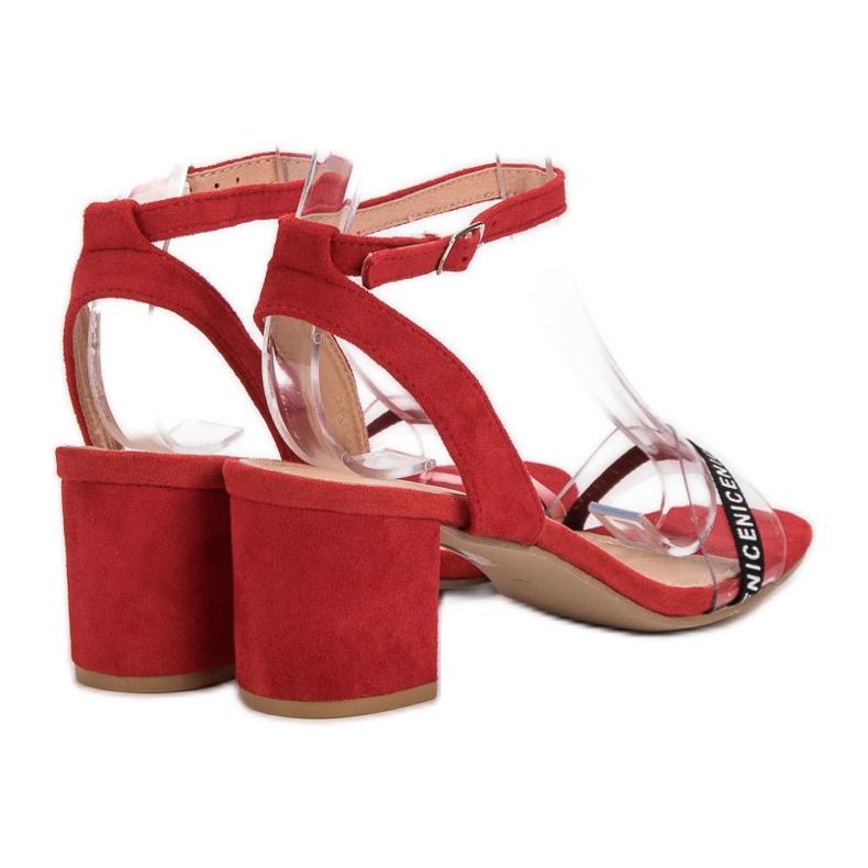 Ideal Shoes czerwone Stylowe Zamszowe Sandałki zdjęcie 5