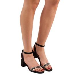 Ideal Shoes Stylowe Zamszowe Sandałki czarne 2