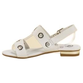 Kylie Casualowe Białe Sandały 4