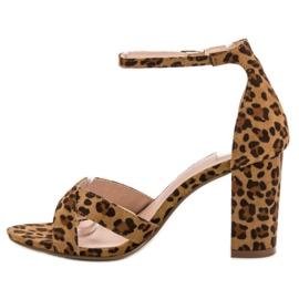 Ideal Shoes Sandałki Na Słupku brązowe 2