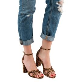 Ideal Shoes Sandałki Na Słupku brązowe 4