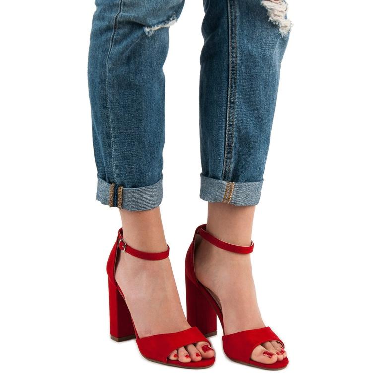 Ideal Shoes czerwone Wygodne Sandałki Na Obcasie zdjęcie 5