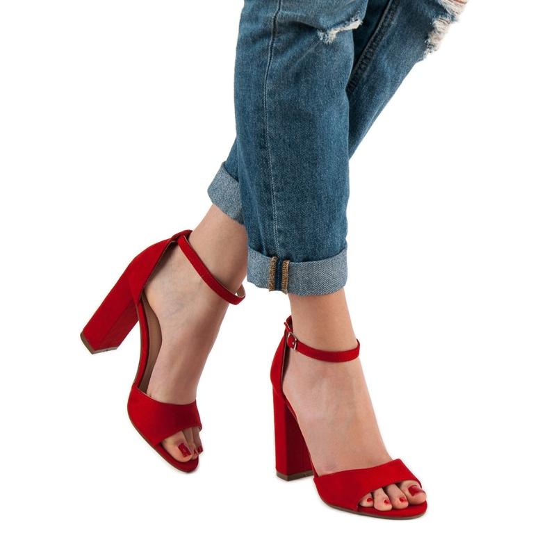 Ideal Shoes czerwone Wygodne Sandałki Na Obcasie zdjęcie 4