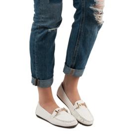 Top Shoes Białe Mokasyny Damskie 1