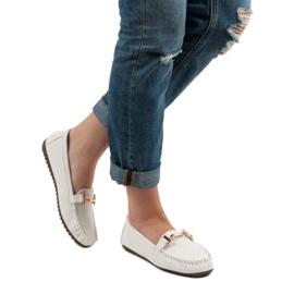Top Shoes Białe Mokasyny Damskie 2