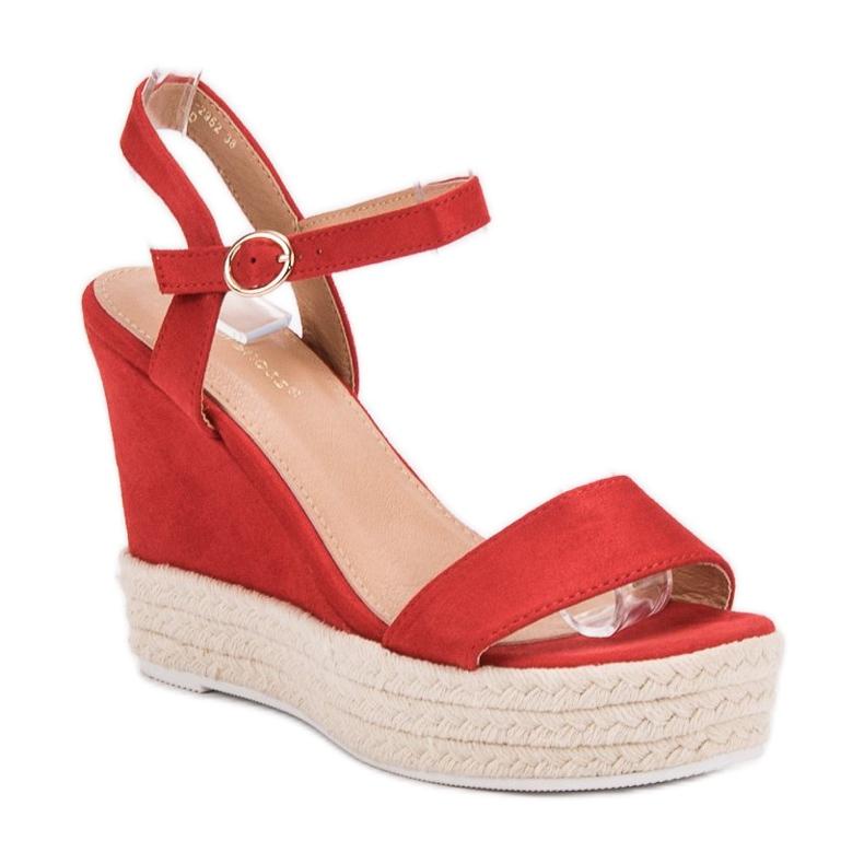 Ideal Shoes czerwone Stylowe Sandałki Na Koturnie zdjęcie 3