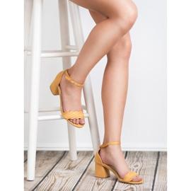 Sandałki Na Słupku VICES żółte 4