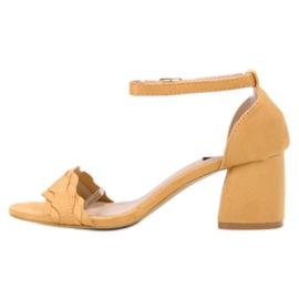 Sandałki Na Słupku VICES żółte 3