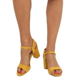 Sandałki na słupku żółte FH-3M25 Yellow 2