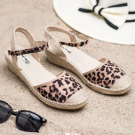 Best Shoes Espadryle Na Koturnie brązowe 3