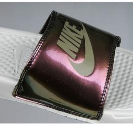 Klapki Nike Sportswear Benassi Just Do It Print W 618919-013 beżowy brązowe 3
