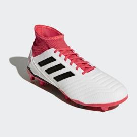Buty piłkarskie adidas Predator 18.3 Fg M CM7667 białe białe 3