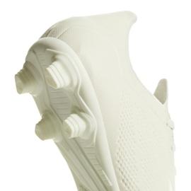 Buty piłkarskie adidas X 18.4 Fg M DB2187 beżowy białe 4