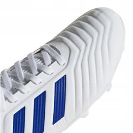 Buty piłkarskie adidas Predator 19.3 Fg Jr CM8535 białe wielokolorowe 3