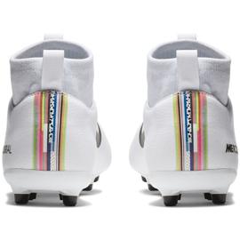 Buty piłkarskie Nike Mercurial Superfly 6 Academy Mg Jr AJ3111-109 białe wielokolorowe 4