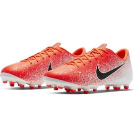 Buty piłkarskie Nike Mercurial Vapor 12 Academy Mg Jr AH7347-801 wielokolorowe czerwone 3