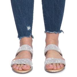 Srebrne płaskie sandały z diamentami Indulge szare 1