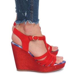 Czerwone sandały na koturnie Ankard 3