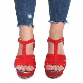 Czerwone sandały na koturnie Ankard 1