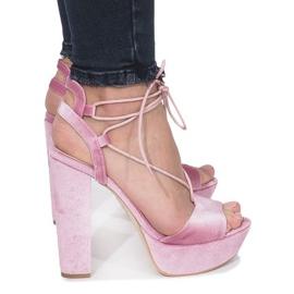 Różowe sandały na słupku z weluru Give It Up 2
