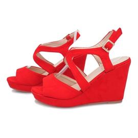 Czerwone sandały na koturnie Mosso 3