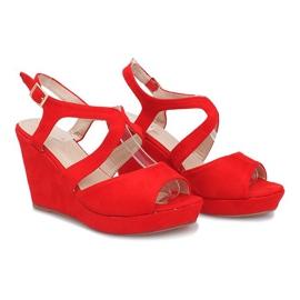 Czerwone sandały na koturnie Mosso 2