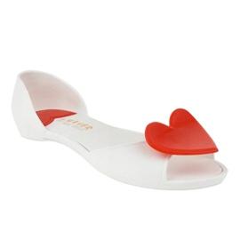 Białe meliski balerinki gumowe z sercem KM121-15 1
