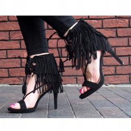 Sandały na szpilce z frędzlami Boho 8125 Czarny czarne 4