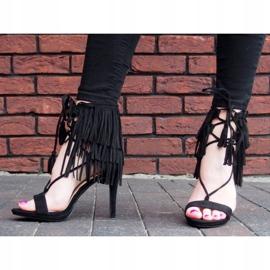 Sandały na szpilce z frędzlami Boho 8125 Czarny czarne 6