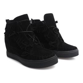 Sneakersy Na Koturnie Z Frędzlami Boho F3 Czarny czarne 1