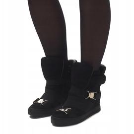 Sneakersy XW37001 Czarny czarne 3