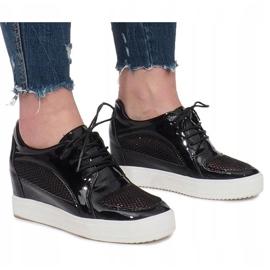 Czarne Lakierowane Ażurowe Sneakersy Adele 2
