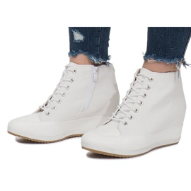 Białe Sneakersy Na Koturnie Capucine Material 2