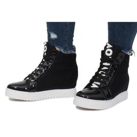 Czarne Materiałowe Sneakersy Na Koturnie Love 4